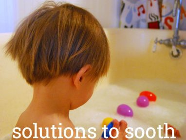 How to Deal When Your Toddler Hates to Take Baths
