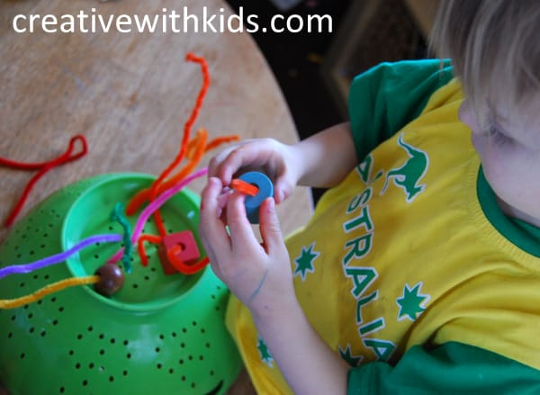 Toddler play ideas - simple and entertaining