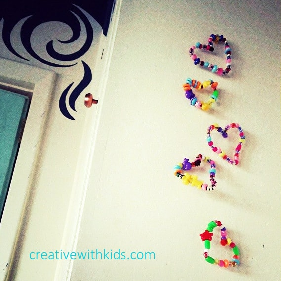 Pipe cleaner bead heart hanging