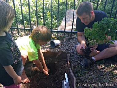Easy Ways to Begin Gardening With Kids – The Garden Classroom
